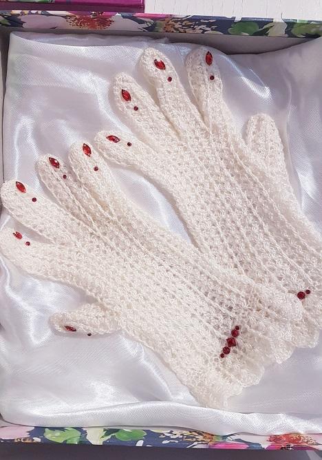 Изящные перчаточки из настоящего пуха